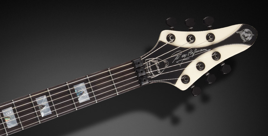 Wolf Hoffmann Artist Line (Not available in Germany) - Wolf´s Signature on the headstock and Tigerstripe Ebony fingerboard