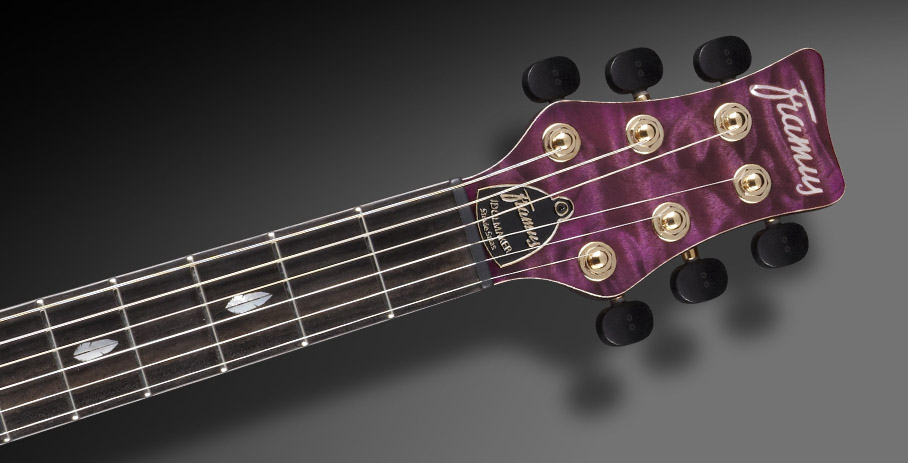 Idolmaker Stevie Salas Signature - Graph Tech Ratio Locking machineheads with Wooden knobs
